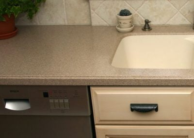 solid surface countertop - photo 2