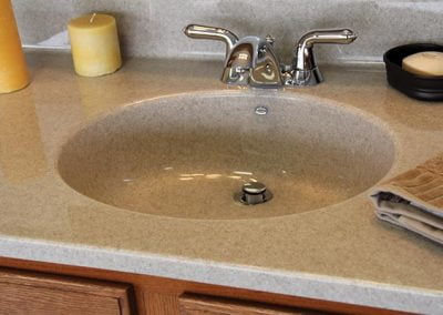 solid surface countertop - photo 4